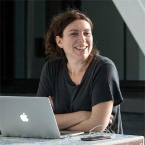 Annie Dorsen ('00)